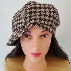 Vintage Gap Houndstooth Plaid Cadet Hat